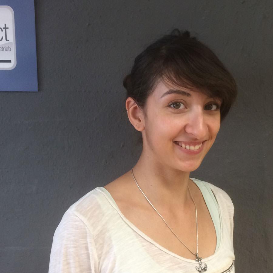 Elisa Al Rashid im trim-line team