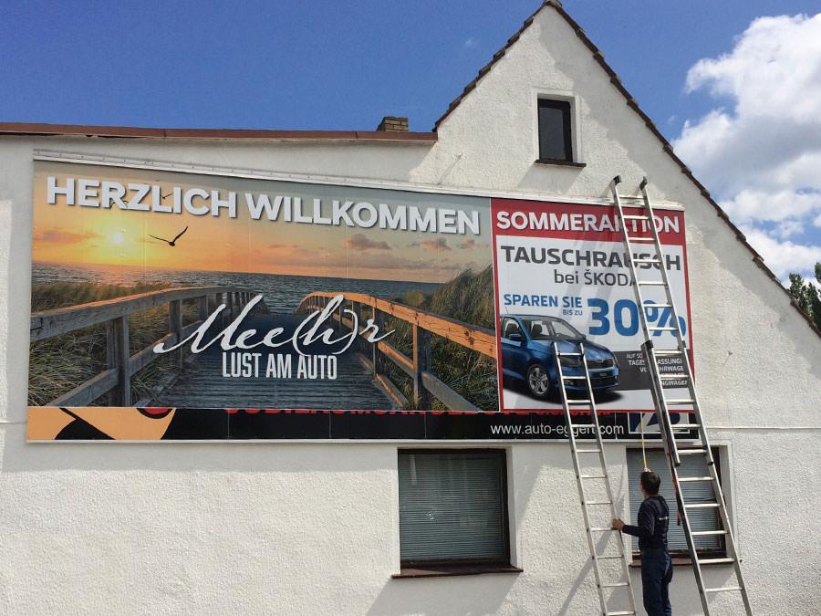 Werbebanner von Trim-Line Design auf der Insel Rügen